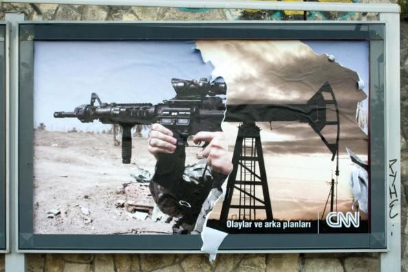 CNN : Vous voyez un lien entre la guerre et le pétrole ?
