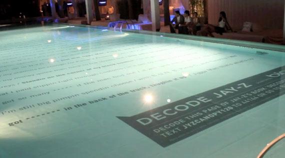 """Jay-Z """"Decoded"""": dans la piscine de l'hôtel Delano à Miami"""